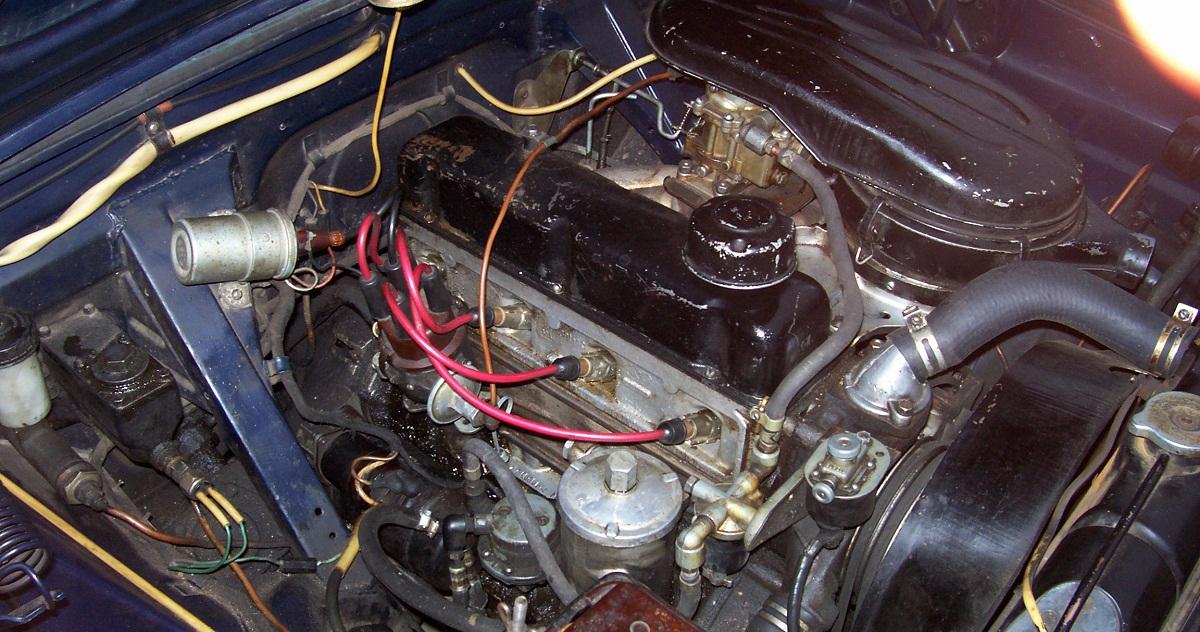karburatornyi-tip-dvigatelya.jpg